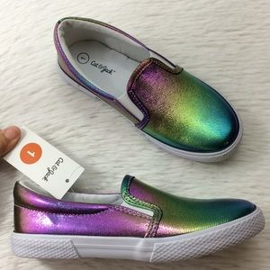 Cat & Jack Girls Sz 1 Rainbow Canvas Shoes